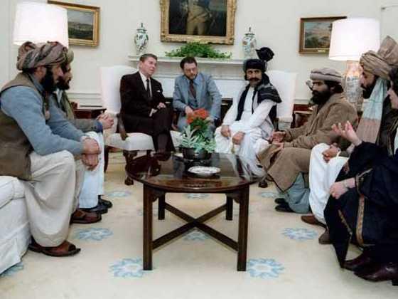 Ronald Reagan with Afghan mujahideen